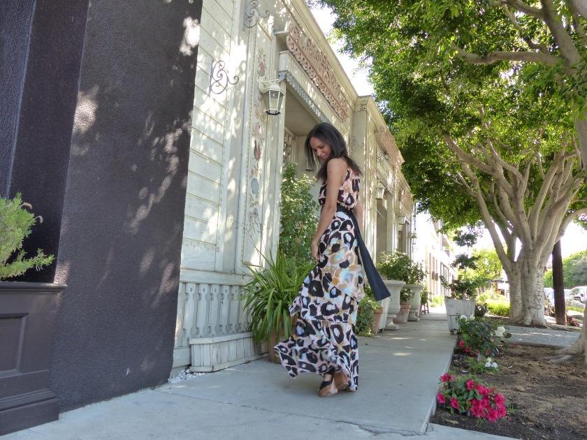 Amanda Luttrell Garrigus Matthew Williamson Dress Side view spin