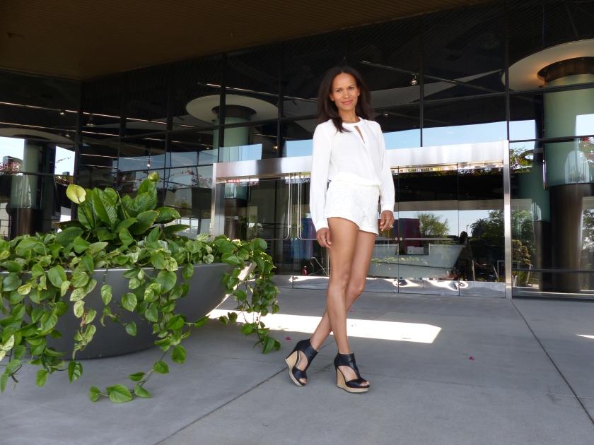 Amanda Garrigus - Forever 21, white lace shorts