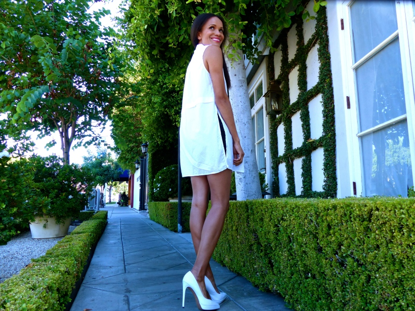 Amanda Garrigus White Aldo Pumps