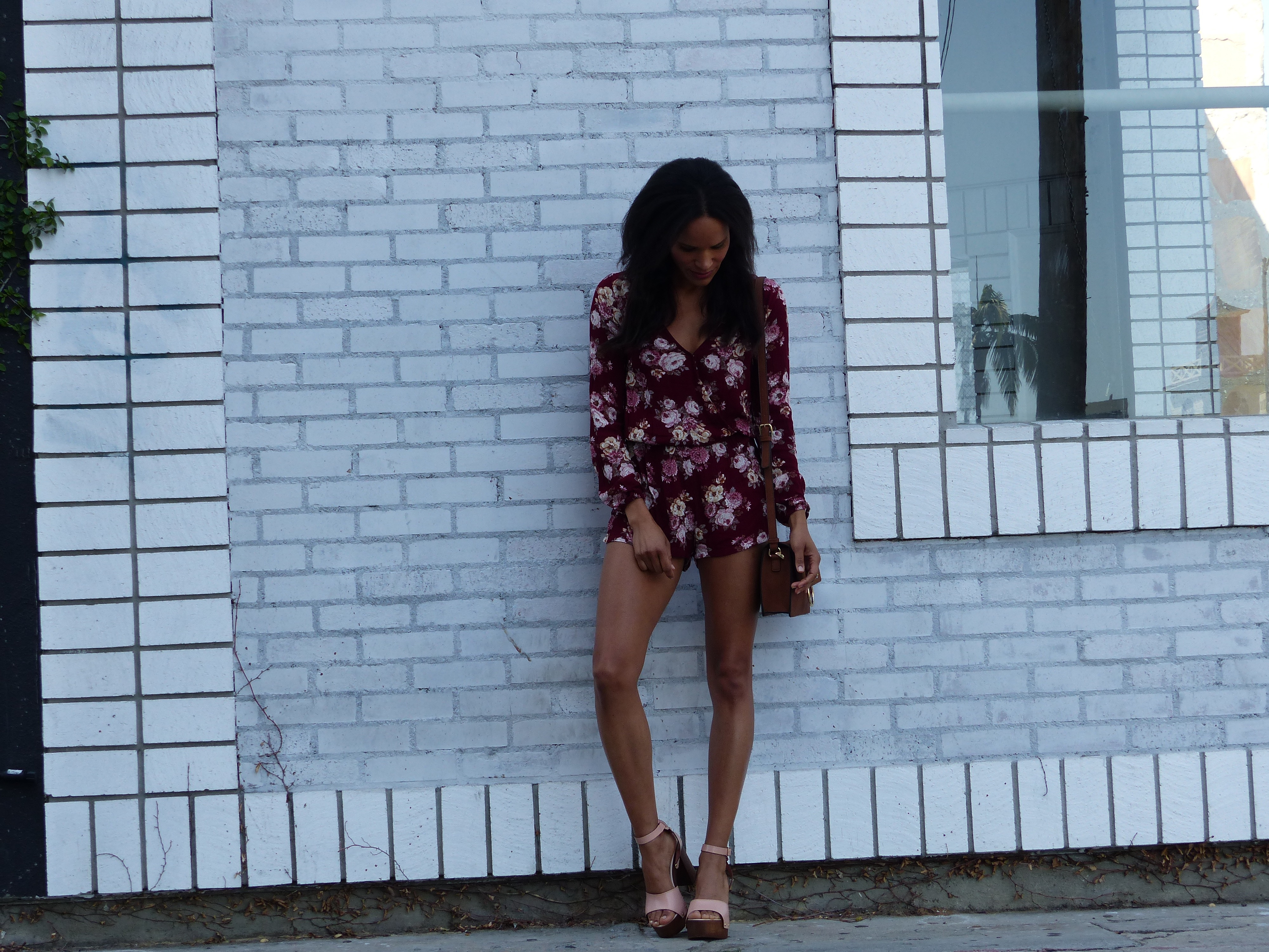 d83dd989ae1 Amanda Luttrell Garrigus Forever 21 floral Romper and Blush Sandal