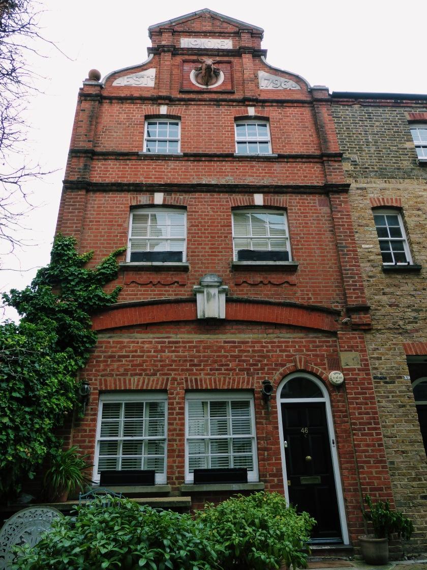 Amanda Garrigus Chelsea London flat
